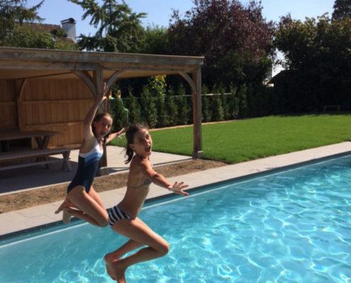 corona-zwembaden-bollen